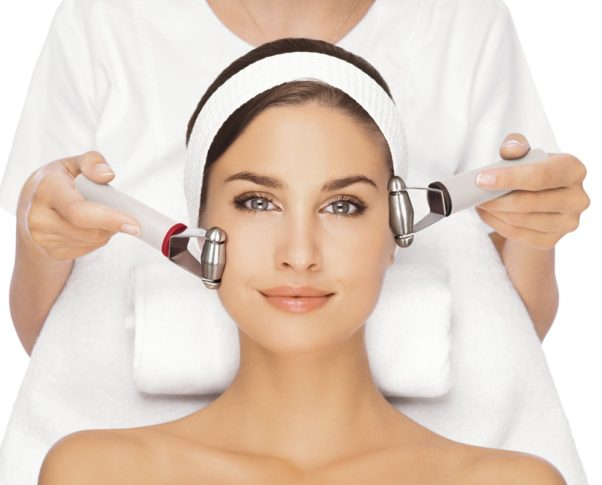 Medical facials are a great way to maintain your skin. (Photo: i-smileclinics.com)