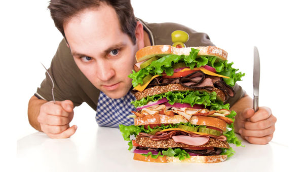 Ordering your meal at least an hour in advance helps to avoid unhealthy impulse purchases. (Photo: Thinkstock)