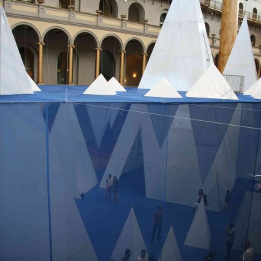 Icebergs, a display of more than 30 16- to 56-foot tall icebergs, wraps up this weekend at the National Building Museum. (Photo: Mark Heckathorn/DC on Heels)