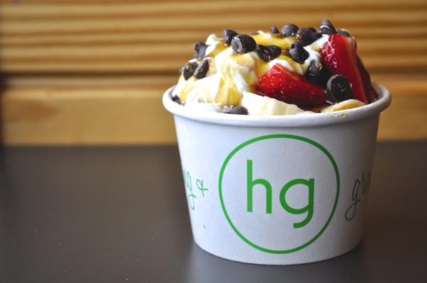 The Honeybar dessert is fresh fruit and toppings drizzled with honey or maple syrup. (Photo: Gaby Maniscalco)