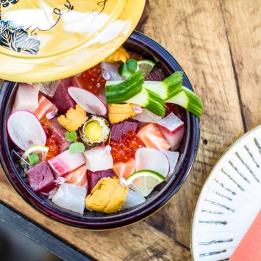 Chirashi, which means scattered sushi, is the chef's selection of assorted fish with fresh sea urchin and salmon roe served over Matsuri sushi rice. (Photo: Farrah Skeiky)