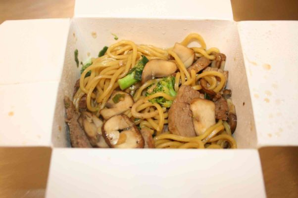 Hoenygrow's sesame garlic stir-fry comes in Chinese carry-out containers. (Photo: Mark Heckathorn/DC on Heels)