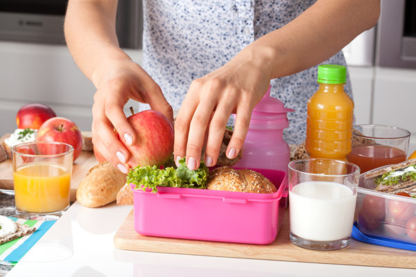 Look for things that are quick to pack and nutritious, like little veggies or dinner leftovers. (Photo: Shutterstock)