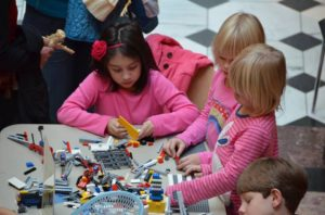 Recreate sculptures from the Smithsonian American Art Museum at Lego Family Day. (Photo: Smithsonian American Art Museum)
