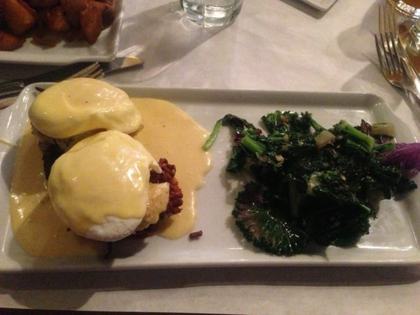 A crab cake Benedict is on Grillfish's brunch menu. (Photo: Viola Z./Yelp)