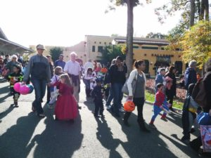 Go trick-or-treating and do other Halloween activities during Glen Echo Park's Fall Frolic. (Photo: Glen Echo Park Partnership)