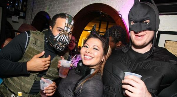 Bar crawls can be fun for couples, especially when you run into new friends. (Photo: projectdcevents.com)