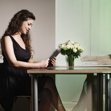 A long distance relationship is hard, but it is possible if both people try. (Photo: Getty Images)