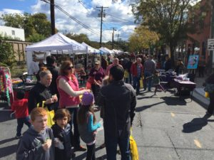 The Kensington Fall Festival features more than 60 arts and crafts vendors, music, food and kids' activities. (Photo: Linda Blackbourn Jewelry)