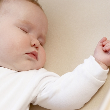 Babies should sleep flat on their backs with nothing else in their cribs, even blankets. (Photo: Thinkstock)