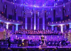 The 200 voice Washington Chorus presents A Candlelight Christmas at the Kennedy Center on Sunday. (Photo: The Washington Chorus)