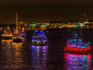 Decorated and lighted boats sale from the Alexandria Marina to the Southwest Waterfron. (Photo: Visit Alexandria)