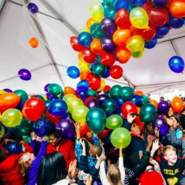 Noon Yards Eve at Yards Park features a balloon drop for the kids at noon on Saturday. (Photo: Yards Park)