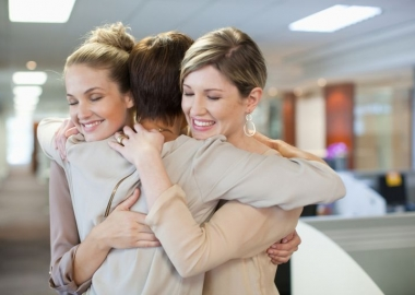 Women with social support fare better when being treated for breast cancer. (Photo: Getty Images)