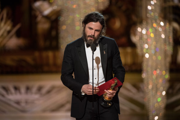 Casey Affleck accepts his Oscar for Performance by an Actor in a leading role, for work on <em>Manchester by the Sea</em>. (Photo: Aaron Poole/A.M.P.A.S.)