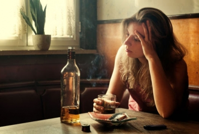 Drinking more alcohol won't cure a hangover, only postpone it. (Photo: Shutterstock)
