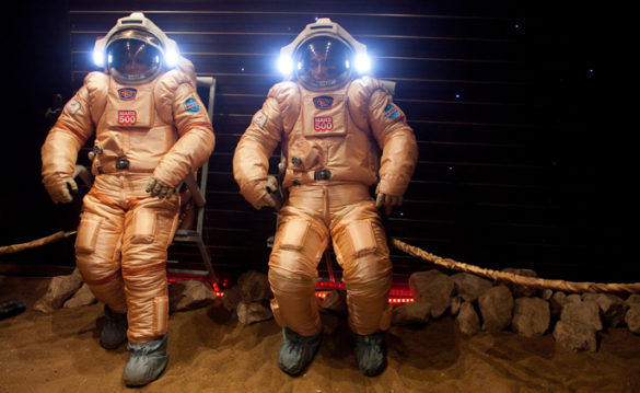 Crew members try out their spacesuits during a simulated mission to Mars at the Russian Academy of Sciences' Institute of Biomedical Problems (IBMP) in Moscow. Their training included a controlled feeding study to measure the long-term effects of a high-salt diet. (Photo:IBMP and the German Aerospace Center)