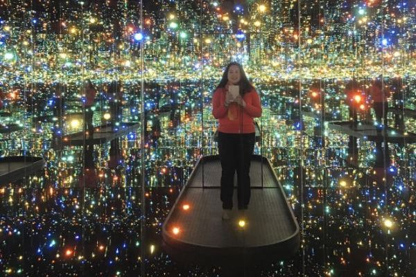 """Yayoi Kusama: Infinity Mirrors"" at the Hirshhorn Museum closes this weekend. (Photo: nancyguzmandc/Instagram)"