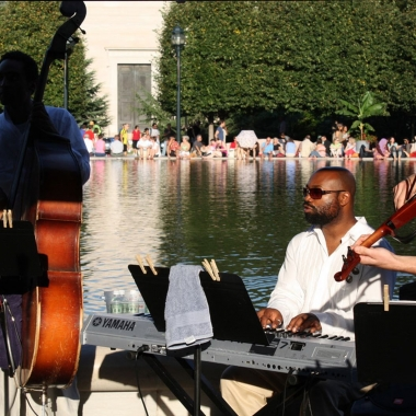 Jazz in the Garden returns for its 17th year on Friday night at the National Gallery of Arts' Sculpturee Garden. (Photo: MrTinDC/Flickr)