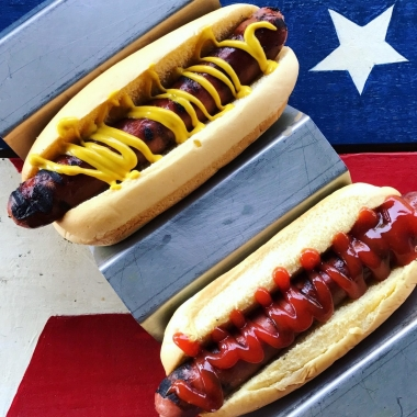 Mustard tops ketchup on hot dogs, according to JJ;s Red Hots hot dog joint. (JJ's Red Hots)