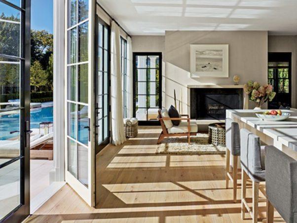 Room with hardwood floors. (Photo: Nikolas Koenig/Architectural Digest)