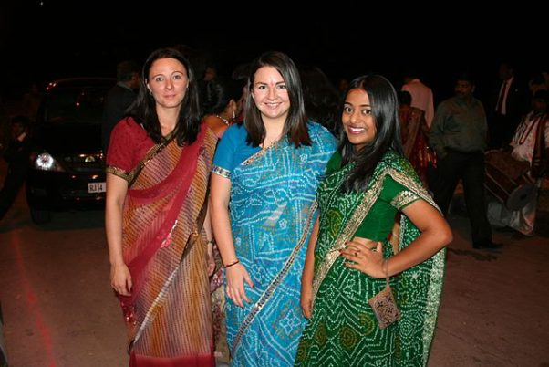 Indian saris are colorful with patterns. (Photo: Michael Day/Wikipedia)