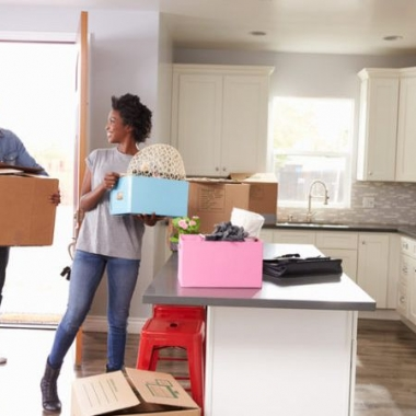 Moving in is stressful, but there are many perks. (Photo: Shutterstock)