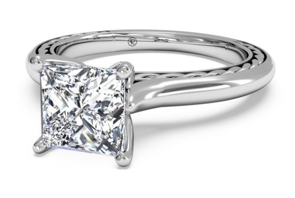 Solitaire diamond engagement rings are in this year. (Photo: Ritani)
