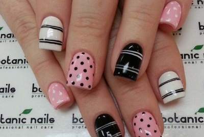 Dots and stripes are classic patterns. (Photo: Ritely)