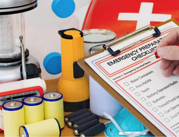 With winter on the way, it is a good idea to assemble a preparedness kit now. (Photo: Thinkstock)
