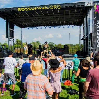 The Rosslyn Jazz Fest is back on Saturday with five band performng from 1-7 p.m. (Photo: Rosslyn BID)