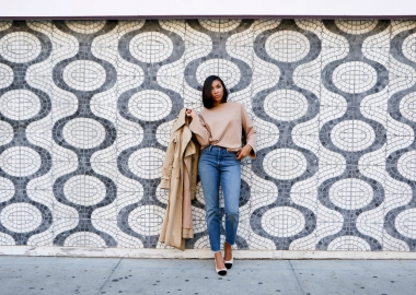 Fall classics include a trench coat, a slouchy sweater, a pair of jeans and a pair of sling back shoes. (Photo: Dileiny Rodriguez)