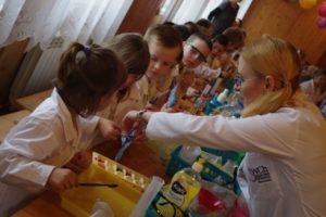 Polish scientists will celebrate Madam Curie's 150th birtyday with a free chemistry workshop at 1 and 3 p.m. at the KID Museum in Bethesda. (Photo: European Union Delegation)