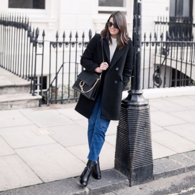 Autumn is here, and you can slip back into your comfortable uniform of jeans, boots, a knit top and a semi-tailored coat. (Photo: Lauren Shipley)