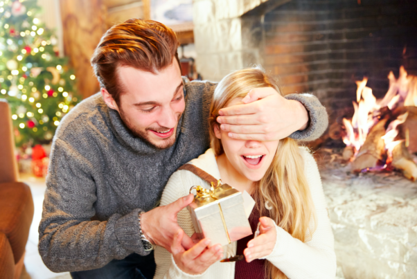 Surprise your special someone with the prefect gift within your budget. (Photo: Getty Images)