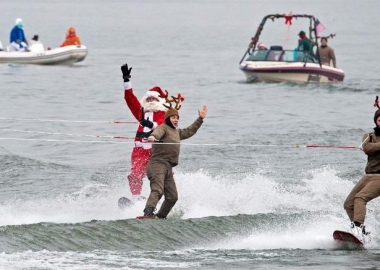 Santa and his reindeer ski into Old Town Alexandria's waterfront at 1 p.m. on Sunday. (Photo: AFP)