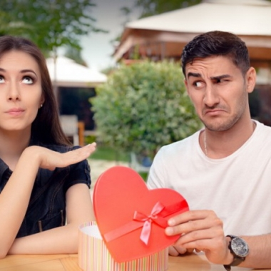 Rekindling with an old flame can often be uncomfortable. (Photo: 123rf)