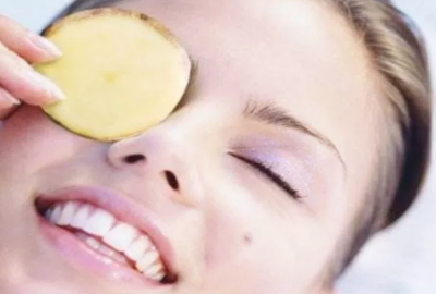 Potatos bleach skin naturally when used over time, making them great for dark circles. (Photo: DIY Health Remedy)