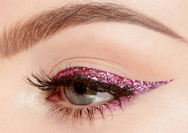 Too Faced's Glitter Pop Eyeliner easily peels off once you are ready to call it a night. (Photo: Too Faced)