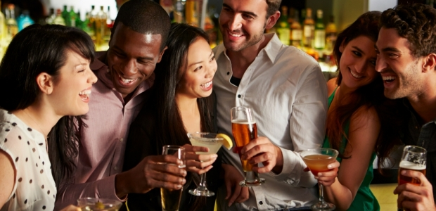 Singles across the U.S. are indicating new trends for the future of dating. (Photo: Thinkstock)