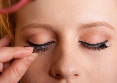 False eyelashes can be easy to use. (Photo: Terrence Mendoza)