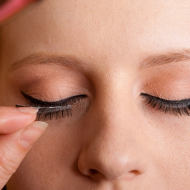 False eyelashes can be easy to use. (Photo: Terrence Mendoza)