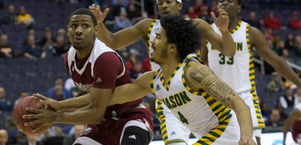 George Mason be the University of Massachusetts 80-75 on Thursday to advance into Friday's Atlantic 10 Conference semifinals at the Capital One Arean. (Photo: Mitchell Laff/Atlantic 10)