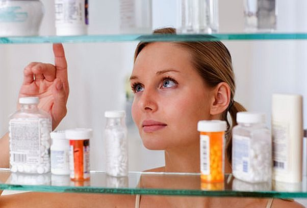 You can safely and annonymously dispose of opioids and other expired or unused prescriptions this Saturday from 10 a.m.-2 p.m. during National Prescription Drug Take Back Day. (Photo: Getty Images)