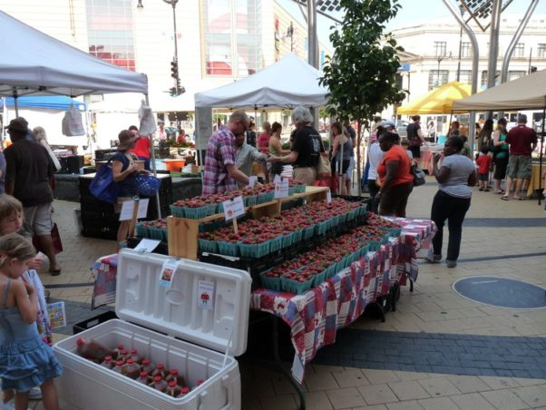 Community Foodworks' Columbia Heights Farmers Market is open Saturday from 9 a.m.-1 p.m. from April through December and Wednesday from 4-7 p.m. from May-October on the civic plaza at 14th Street and Park Road NW. (Photo: Community Foodworks)
