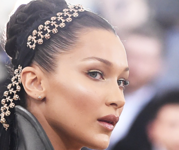 Bella Hadid's uniquely lined eyes make her eyes look bigger and brighter. (Photo: Jamie McCarthy/Getty Images)