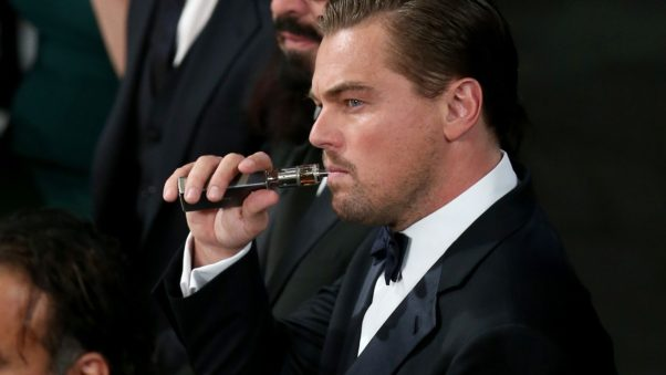 Leonardo Dicaprio in a tux vaping. (Photo: Siena News)