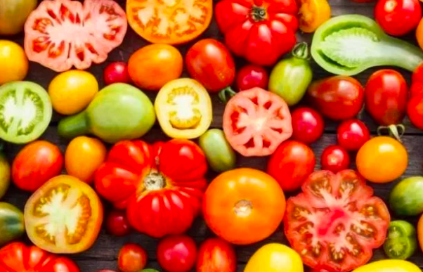 Eating a lycopene diet will help you to tan faster since those foods warm your skin tone. (Photo: Shutterstock)