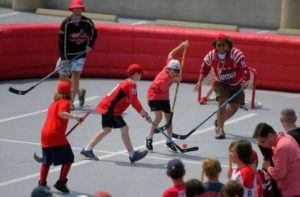 Fans play hockey at a previous Caps Fan Fest. (Photo: John McDonnell/Washington Post)