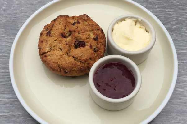 A strawbery scone with strawberry jam and whipped butter is part of Bindaas' Foggy Bottom cutting chai afternoon menu. (Photo: Bindaas)